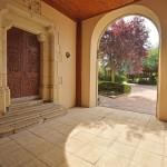 Porte ancienne chapelle et porche